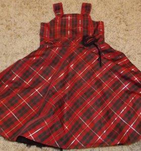 Платье клетчатое, пышное