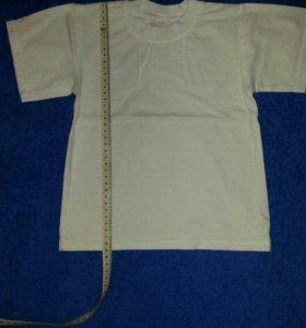 Белая футболка 4-5 лет.