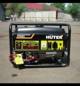 Гeниратор бeнзиновый Huter dy400lx 220v 3kBt