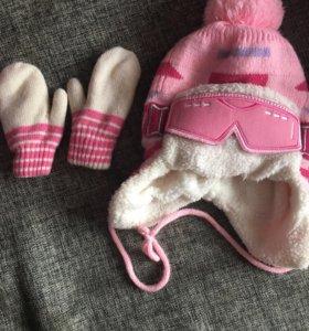Детские шапка и варежки