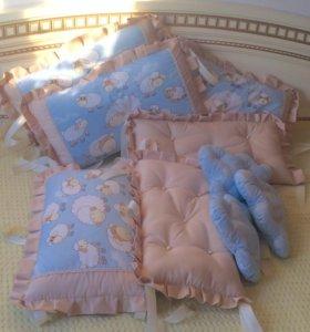 Комплект в кроватку бортики