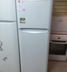 Холодильник Indesit. Гарантия. Доставка.