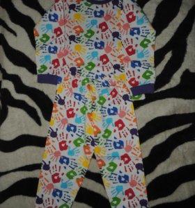 Пижама на девочек новые на 4 и5 лет,