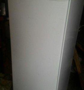Холодильник,отличным состоянии