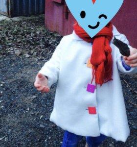 Пальто для девочки .