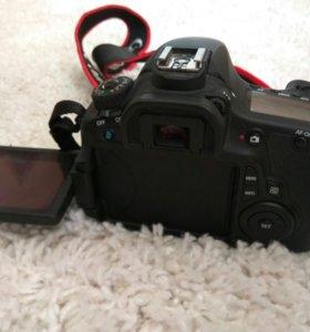 Canon 60D+бат.блок+аккумуляторы(3шт)