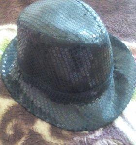 Шляпа в пайетках