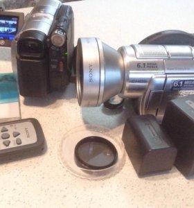 2 Видеокамеры для подводной съёмки Sony DCR-DVD508