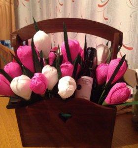 Кашпо с тюльпанами подарок