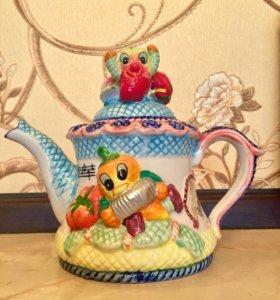 Новый! Фарфоровый чайник