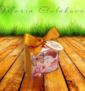 Коробочка к 8 марта на 10 конфет Птичье молоко