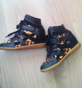 Демисезонные ботинки Zara