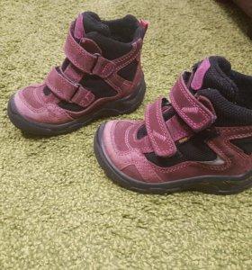 Демисезонные ботинки ecco экко