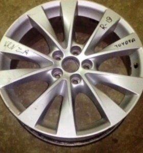 Диск Toyota Venza r19