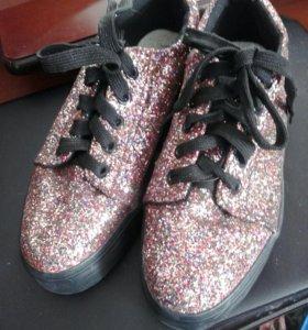 обувь женская. 37 размер