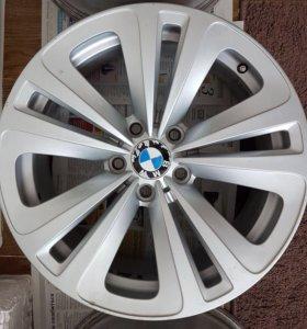 Диски литые r 18 оригинальные BMW
