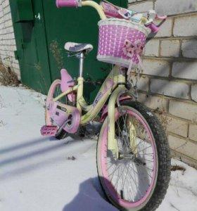 Отличнейший велосипед для девочки.