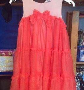 Платье, размер на 4-5 лет.