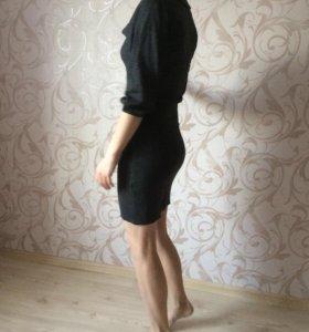 Платье новое трикотажное стильное