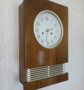 Часы с боем янтарь 1964 года
