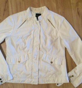 Белая курточка