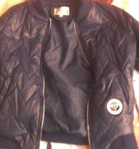 Куртка демисезонная(срочно)