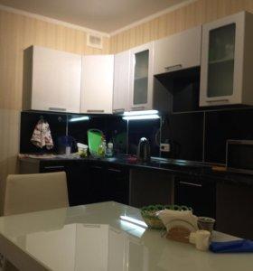 Кухня+ раковина с краном и фильтром+ варочная пане