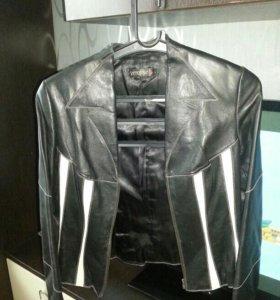 Пиджак кожанный