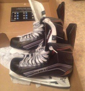 Хоккейные коньки Bauer vapor x 700