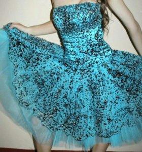 Пышное платье(идеальное состояние)