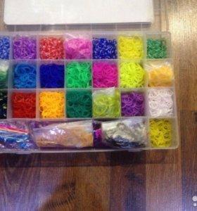 Продаю коробку резинок для плетения браслетов