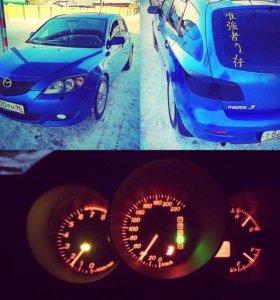 Автомобиль Мазда 3