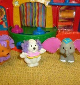 Музыкальный цирк Little People Fisher PRICE