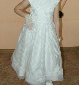 Праздничное платья для девочки