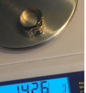 Перстень мужской Золото 585 с бриллиантами и топаз