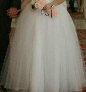 Свадебное платье + шубка в подарок