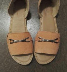 Новые замшевые летние туфли
