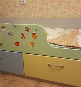 Кровать детская с матрасом Consul
