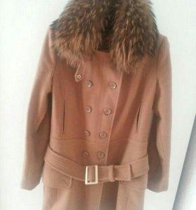 Пальто лаврепаблик