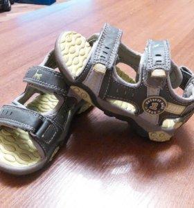 Обувь мальчику(босоножки,сандалии)