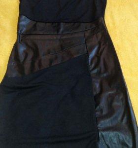 Платье с кожанными вставками44размер