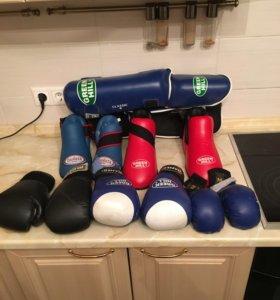 Единоборства, бокс, карате