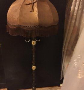 Торшер напольный с абажуром деревянный