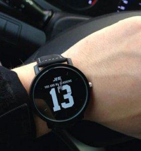 Новые часы с цифрой 13