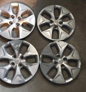 Оригинальные колпаки Hyundai Solaris r15