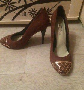 Туфли разные 37 размер