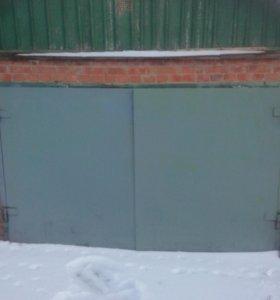 Продаю гаражные ворота!
