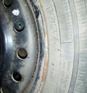 Шина 195/65 15 с дисками штамп 2 колеса