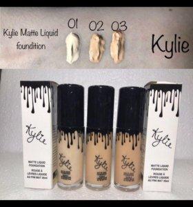 Тональный крем Kylie
