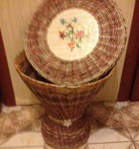 Столик-корзинка